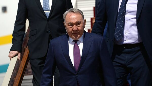 Prezident Kazaxstana Nursultan Nazarbayev - Sputnik Oʻzbekiston
