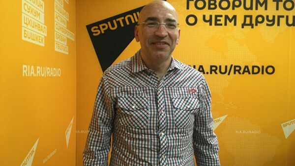 Политолог Леонид Крутаков  - Sputnik Узбекистан