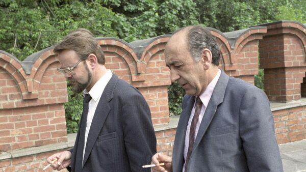 Deputatы Gdlyan i Ivanov - Sputnik Oʻzbekiston