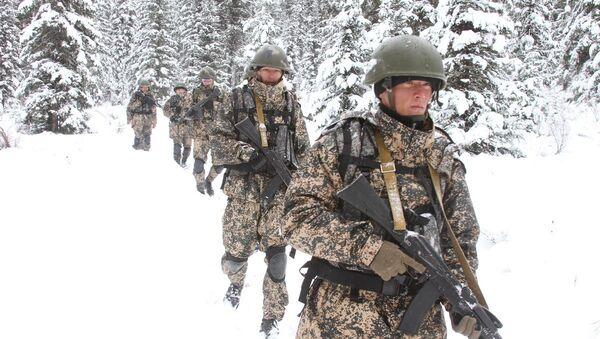 Подготовка узбекских спецназовцев в Саянах - Sputnik Ўзбекистон
