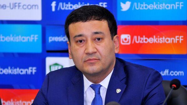 Prezident Federatsii futbola Uzbekistana Umid Axmadjanov - Sputnik Oʻzbekiston
