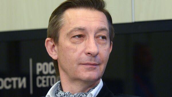 Востоковед, журналист, писатель Дмитрий Косырев - Sputnik Ўзбекистон