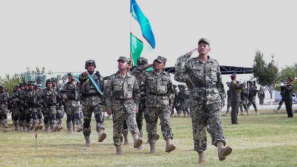 В Узбекистане на полигоне Фориш стартовало тактическое учение с воинскими контингентами России и Узбекистана - Sputnik Ўзбекистон