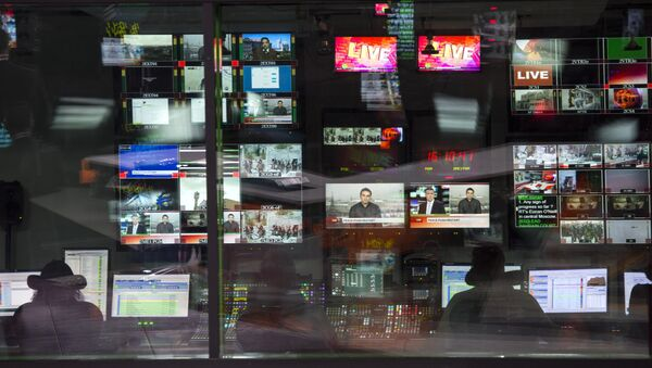 Аппаратная ньюсрума телеканала Russia Today - Sputnik Ўзбекистон