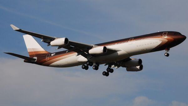 Airbus A340  Burkhan, принадлежащий Алишеру Усманову - Sputnik Ўзбекистон