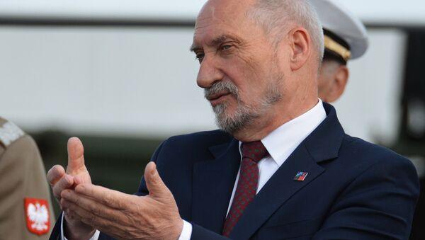 Министр обороны Польши Антоний Мацеревич - Sputnik Узбекистан