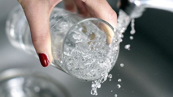 Stakan s vodoy - Sputnik Oʻzbekiston
