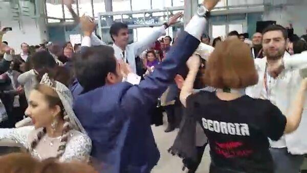 Фестиваль в Сочи: зажигательные танцы и щедрые узбеки - Sputnik Ўзбекистон