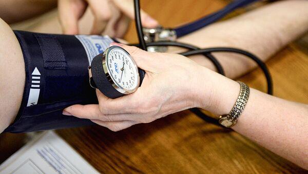 Измерение артериального давления - Sputnik Ўзбекистон