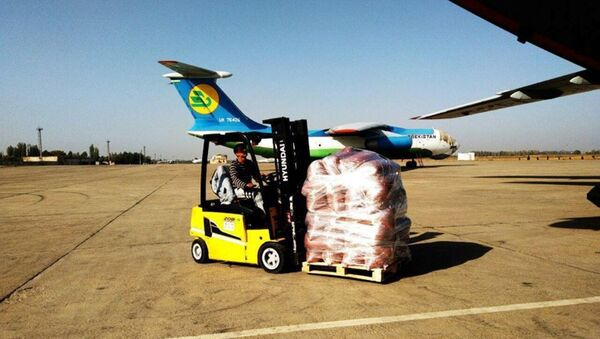 Sostoyalsya ocherednoy reys po avia-dostavke plodoovoщnoy produktsii pod brendom «UzAGRO» v Rossiyu - Sputnik Oʻzbekiston