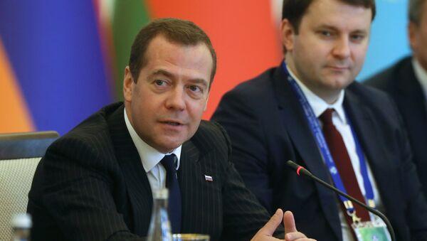 Премьер-министр РФ Д. Медведев принял участие в заседании Совета глав правительств СНГ - Sputnik Ўзбекистон