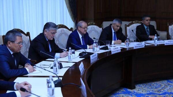 Абдулазиз Камилов прибыл в Кыргызстан - Sputnik Ўзбекистон