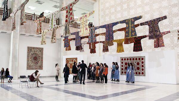 Выставка декоративного искусства в Ташкенте - Sputnik Узбекистан