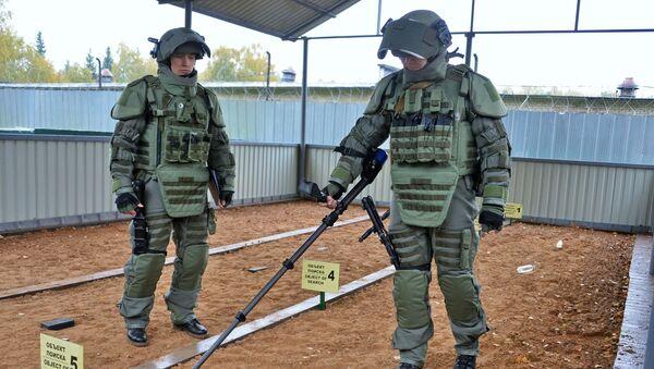 Иностранные специалисты посетили Международный противоминный центр ВС РФ - Sputnik Узбекистан