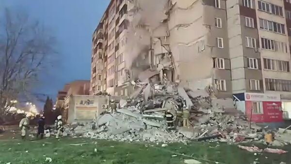 Обрушение дома на Удмуртской - Sputnik Узбекистан