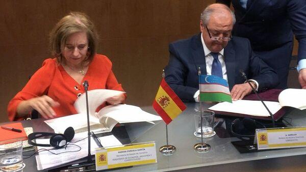 Узбекистан и Испания заключили меморандум о сотрудничестве в области экономики и промышленности, а также соглашение о сотрудничестве между торгово-промышленными палатами государств - Sputnik Ўзбекистон