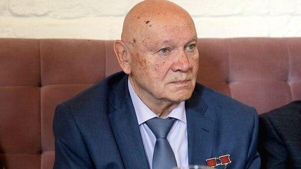 Космонавт Владимир Джанибеков - Sputnik Узбекистан