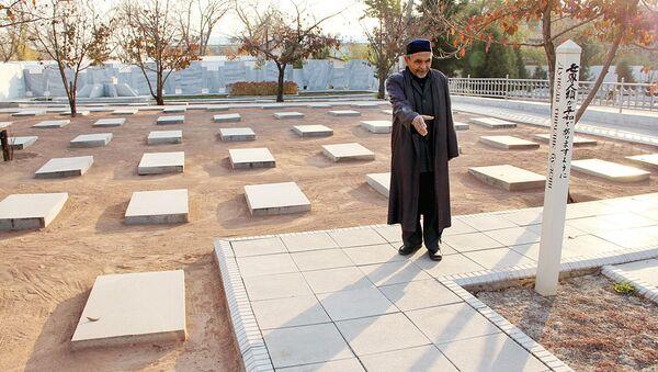 Мирокил Фозилов, смотритель японского кладбища в Ташкенте - Sputnik Ўзбекистон