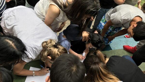 Стихийный сбор подписей под петицией к МВД с требованием выявить виновных в смерти Жасурбека Ибрагимова - Sputnik Узбекистан