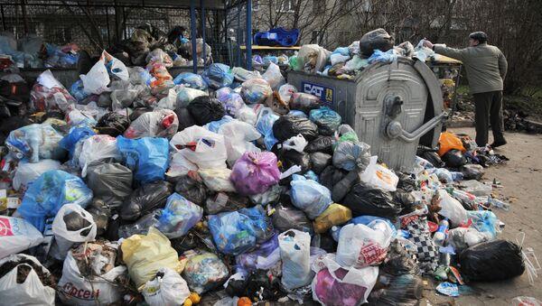 Проблема утилизации бытовых отходов во Львове - Sputnik Ўзбекистон