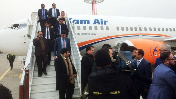 В ташкентском международном аэропорту имени Ислама Каримова приземлился самолет первого рейса Кабул-Ташкент - Sputnik Ўзбекистон