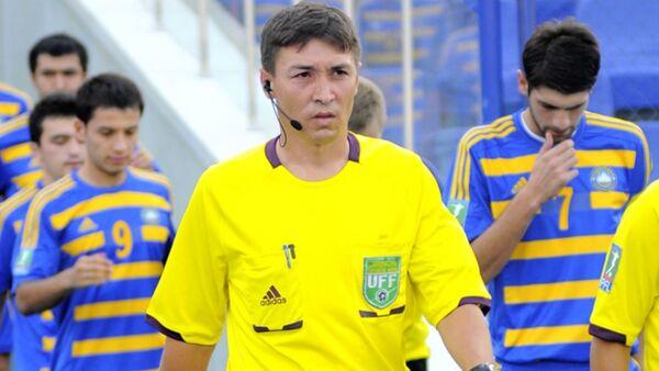 Рефери ФИФА из Узбекистана, судья пляжного футбола Бахтиёр Намазов - Sputnik Ўзбекистон