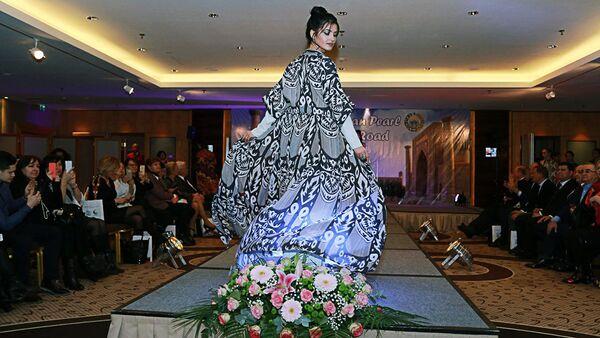 Показ мод - Sputnik Узбекистан
