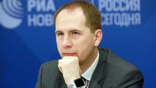 Директор Русской Гуманитарной Миссии Алексей Полковников - Sputnik Ўзбекистон