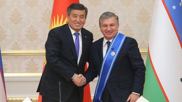 Mirziyoyev: vpervыe vыxoju s press-konferentsii s ordenom - Sputnik Oʻzbekiston