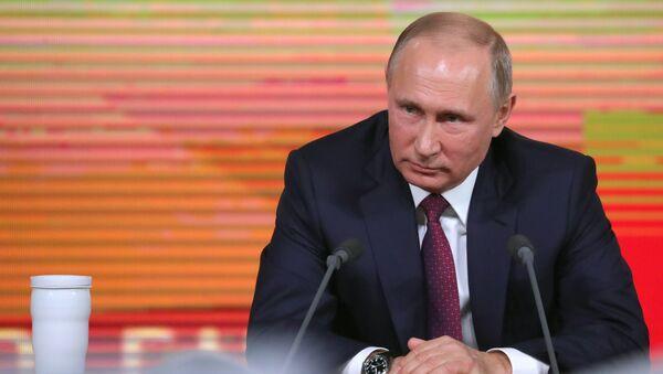 Ежегодная большая пресс-конференция президента РФ Владимира Путина - Sputnik Ўзбекистон