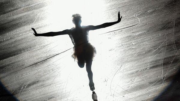 Мария Сотскова (Россия) в показательных выступлениях после финала Гран-при по фигурному катанию в японской Нагое - Sputnik Узбекистан