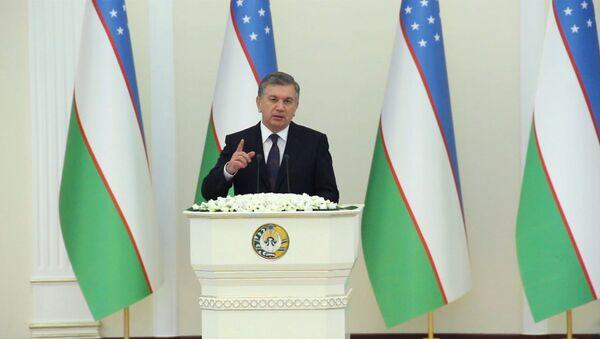 Oʻzbekiston prezidenti ilk bor Parlamentga murojaat qildi - Sputnik Oʻzbekiston