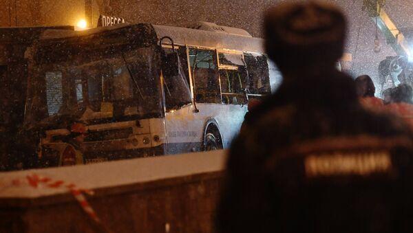 На западе Москвы автобус въехал в подземный переход - Sputnik Узбекистан