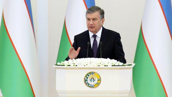 Vыstupleniye Shavkata Mirziyoyeva pered deputatami Oliy Majlisa - Sputnik Oʻzbekiston
