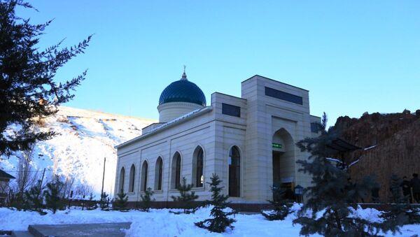В перевале Камчик открылся новый мечеть - Sputnik Ўзбекистон