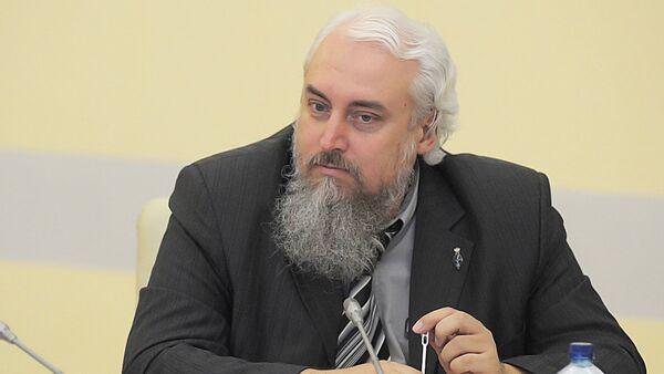 Заместитель директора Российского института стратегических исследований  Михаил Смолин - Sputnik Узбекистан