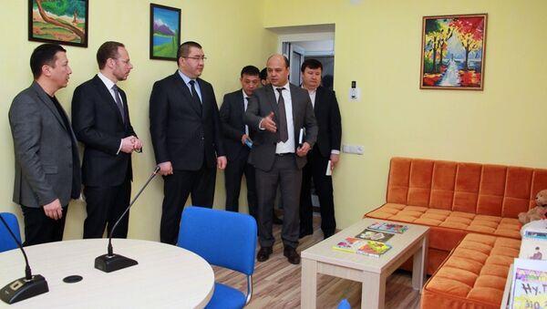 В МВД Узбекистана впервые открыта специальная детская комната для проведения бесед - Sputnik Узбекистан