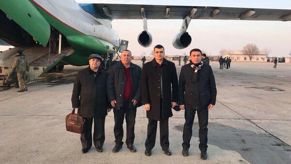 Оперативная медицинская группа вылетела в Казахстан - Sputnik Ўзбекистон