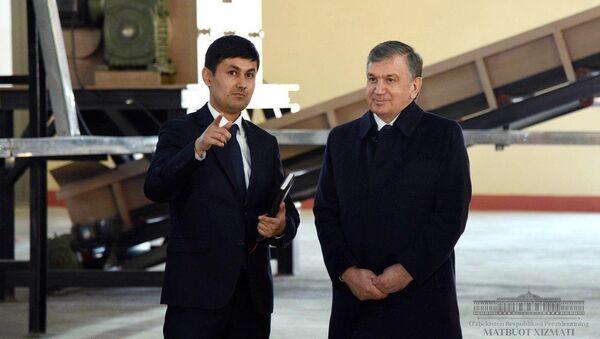 Шавкат Мирзиёев ознакомился с деятельностью ООО Био техно эко - Sputnik Узбекистан