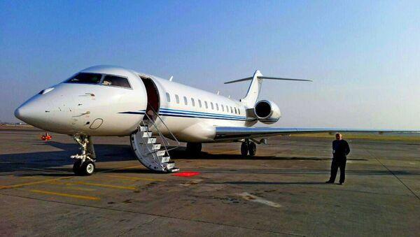Samolet biznes-klassa v aeroportu Tashkenta - Sputnik Oʻzbekiston