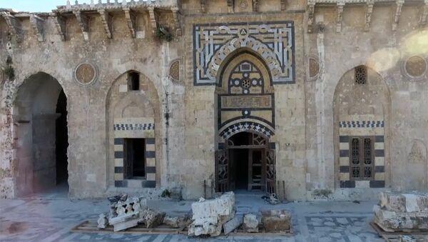 В Алеппо восстановливают мечеть Омейядов, разрушенной террористами - Sputnik Ўзбекистон