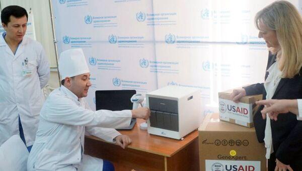 США передают Республике Узбекистан оборудование по ускоренной диагностике туберкулеза - Sputnik Ўзбекистон