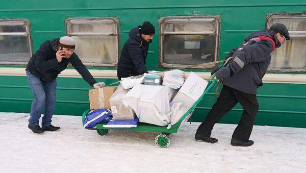Пассажиры поезда Москва-Душанбе - Sputnik Ўзбекистон