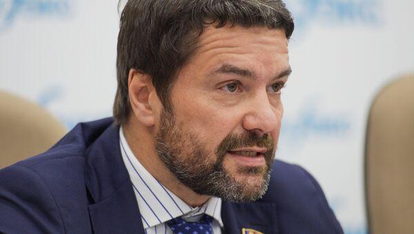 Пресс-конференция руководства КПРФ в Москве - Sputnik Узбекистан