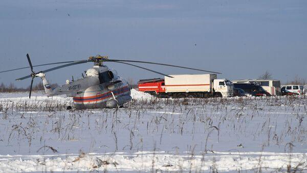 Крушение пассажирского самолета в Московской области - Sputnik Ўзбекистон