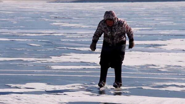 Бабушка на коньках - Sputnik Узбекистан