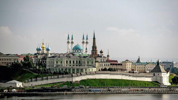Казанский кремль – древнейшая часть города Казани, объект Всемирного наследия ЮНЕСКО. Кремль неоднократно перестраивался. Современный архитектурный ансамбль сложился к концу XIX века - Sputnik Ўзбекистон
