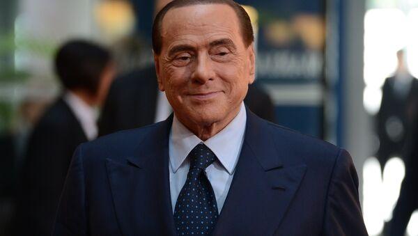 Бывший председатель Совета министров Италии Сильвио Берлускони - Sputnik Узбекистан