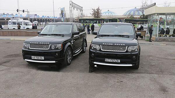Автомобили свадебного кортежа, водители которых нарушили ПДД - Sputnik Ўзбекистон