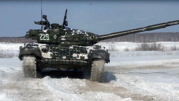 Voyennaya delegatsiya iz Uzbekistana izuchila noveyshiye metodiki boyevoy podgotovki tankistov na Urale - Sputnik Oʻzbekiston